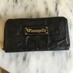 Loungefly Embossed Skull Wallet
